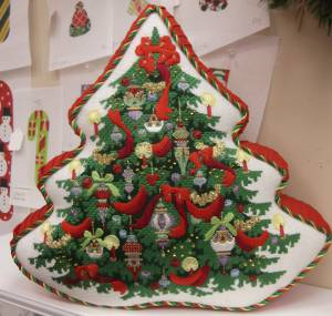 Meg's Christmas Tree Pillow