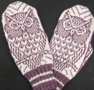 Xana's owl mittens. Oh My Gosh!!